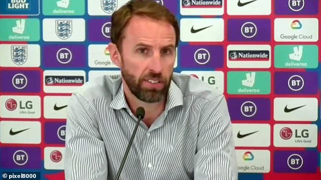 Southgate says he would make the same call as Henderson to fight for his place at United