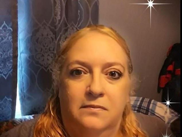La police a été appelée à leur domicile à Fitchburg le 20 mai après que Lori (ci-dessus) a déclaré qu'elle était entrée en contact avec son mari et sa belle-mère.