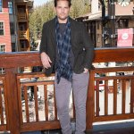 Peter Facinelli unveils his 'leaner' and 'more cut' body after losing 30 poundsin a sexy new selfie