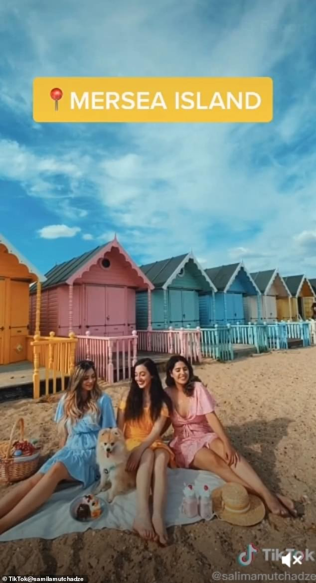 Mersea Island's sunny South facing beach in Essex overlooks Blackwater Estuary andfeatures the Victoria Esplanade lined with multi-coloured beach huts