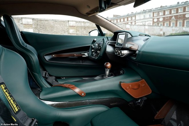 On the inside, the cabin is cloaked in high-grade 'Forest Green and Conker Bridge of Weir' leathers that look like they've been picked from a designer satchel