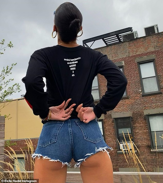 Cheeky: The slender model posted a photo on the New York rooftop as she left by helicopter for the long weekend