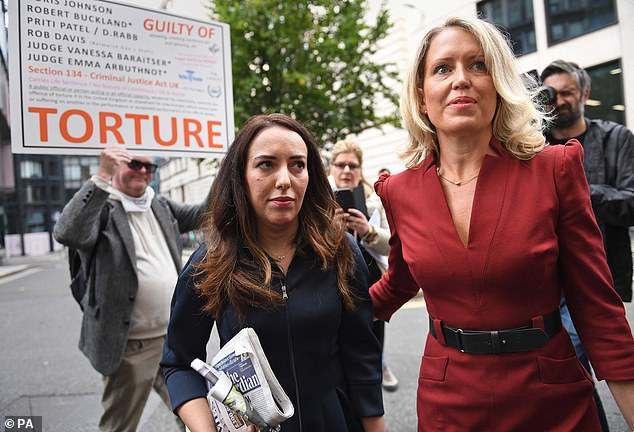 Assange's partner Stella Moris and human rights lawyer Jennifer Robinson arrived at the Old Bailey today. Ms Moris has handed in a Reporters Without Borders petition with 80,000 signatures against the extradition