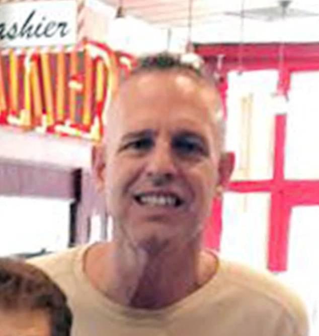 Michael Scully เสียชีวิตในนิวยอร์กขณะที่เขาพาสุนัขไปเดินเล่น