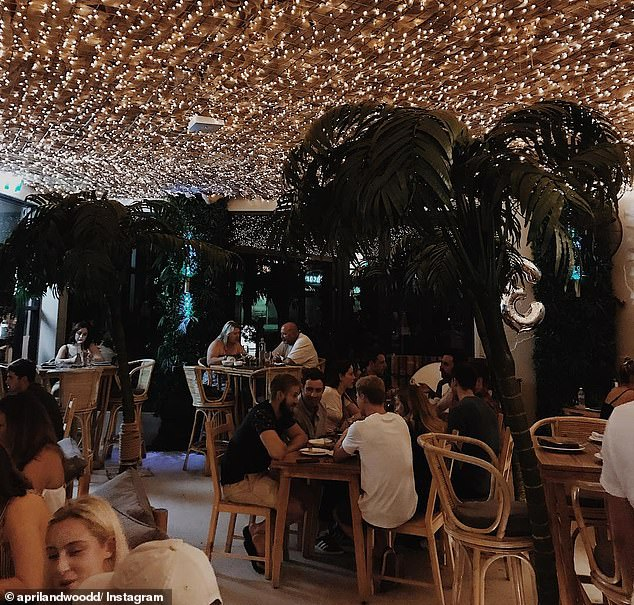 Much like its sister venue in the city, Upper East Side is decked out in style with thousands of fairylights covering the roof