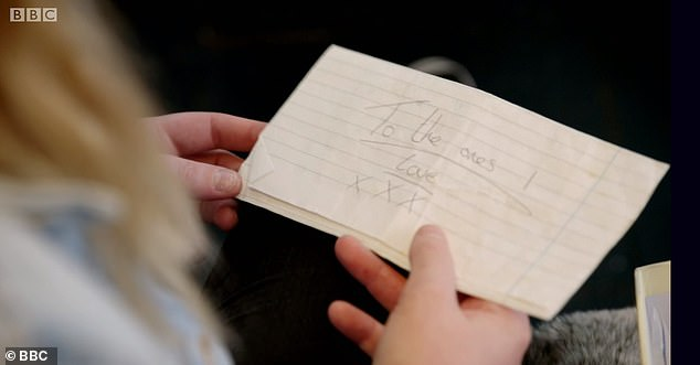 Camellia holds the letter written by Jay before his suicide. It says: 'To the ones I love'