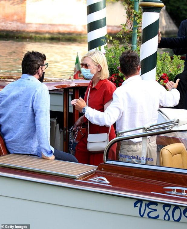 Boat Tour: Kate looked relaxed as she made her way to the boat before the boat fell down the canal
