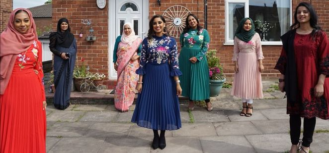 Eid-Ul-Fitr 2020 by Roshni Haque. Women are seen standing with a few feet between them