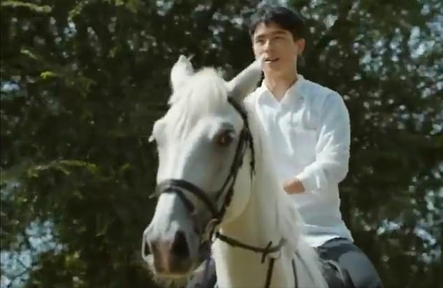 By the time the advert reached screens in China, a local actor replaced the Star Wars actor