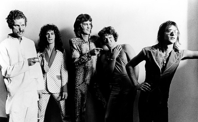 Founding Member Of Aussie Rock Band Skyhooks Peter Starkie