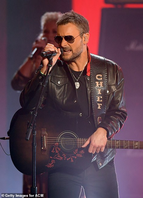 Boys Are Back: Luke Bryan and Eric Church perform during Entertainer Of The Year medley