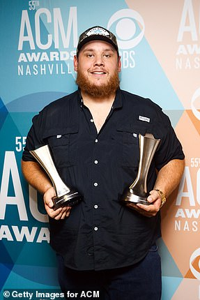 Double Fisting: Luke Coombs won Album of the Year and Male Artist of the Year