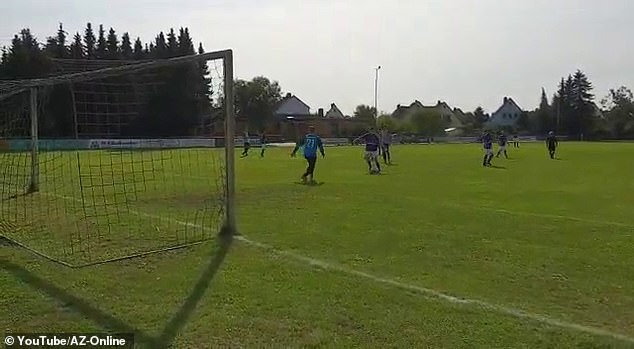Holdenstedt's attackers breezed through on goal and slammed the ball into the back of the net