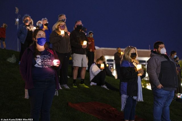 IOWA: Des Moines residents gathered Sunday to honor Ginsburg who was the second woman nominated to the highest court in the land