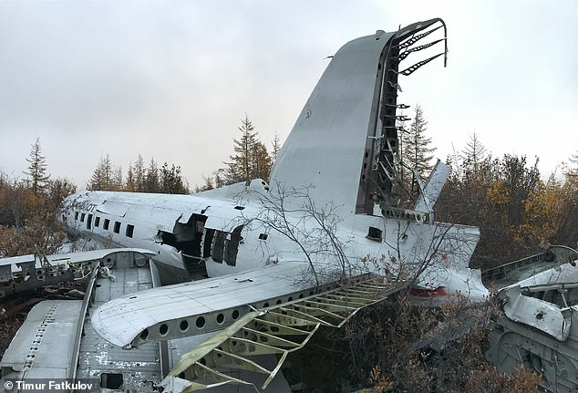 The IL-14 USSR-04201 lies abandoned in thepolar village, one of the coldest inhabited places in the world