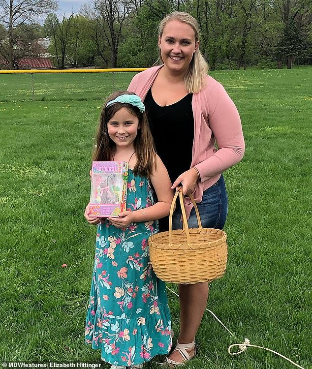 Old life: The mother-of-one, pictured with her nine-year-old daughter Madalynne, struggled with weigh-related health issues before she lost 105lbs