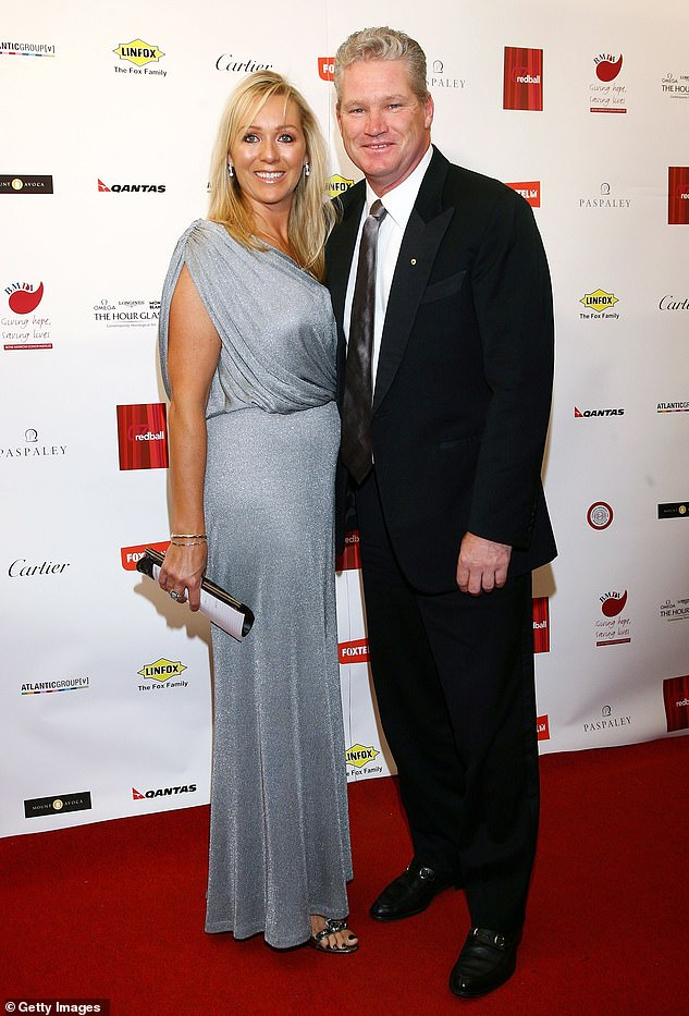 Lee was also reportedly tasked with telling Jones' wife Jane (left) about the commentator's death. The couple are pictured together in 2007