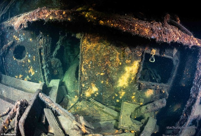 Explorers say the ship was in Königsberg when the Amber chamber was last seen