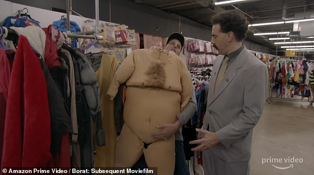 In the trailer, Borat goes to the United States and buys a big suit, saying, `` I consider this to be big like an American. ''