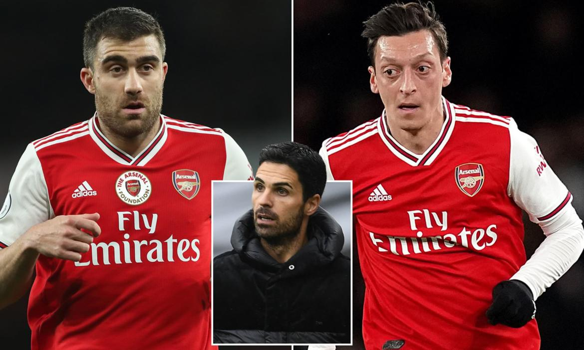 Mesut Ozil and Sokratis left OUT of Arsenal's squad for the Europa League | Daily Mail Online