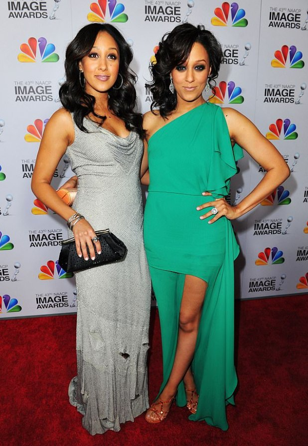 Separate: Tamera Mawri, 42, revealed to ET on Friday that she had not seen her twin sister Tia Mowry in six months due to a coronovirus epidemic;  Tamera (L) with Tia in 2012