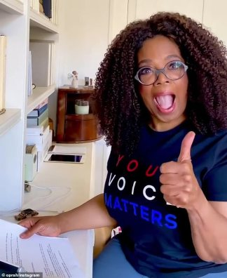 Oprah Winfrey Surprises Texas Voters by Cold Calling People and Urging them to Vote