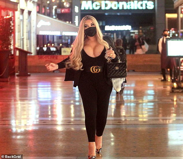 Dining out in style: Jessica enjoyed a solo dinner at Savini's restaurant in Milan's Galleria Vittorio Emanuele the night before