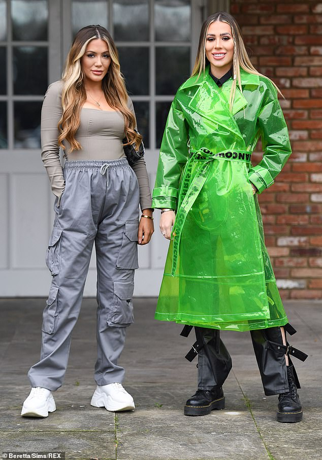 Amazing:Frankie, 25, and Demi, 22, Sims, looked every inch the stylish sisters as the posed for the camera