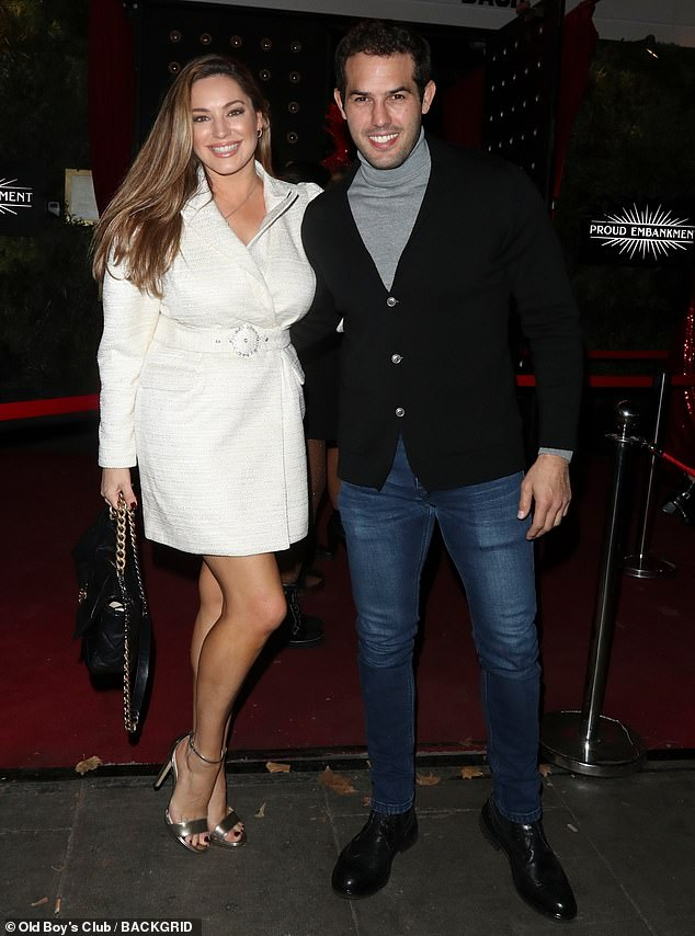 Wow! Kelly Brook looked incredible as she enjoyed a night out with boyfriend Jeremy Parisi at Denise's Cabaret show on Friday