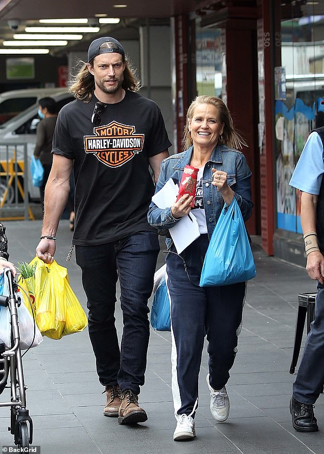 Dream team:David and Shaynna were seen happily chatting together - suggesting that the pair are in the same team on the show
