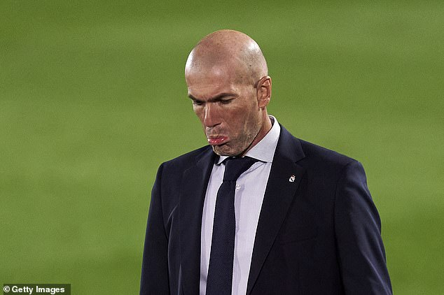 Zinedine Zidane had helped the other players recognise the importance of helping the club