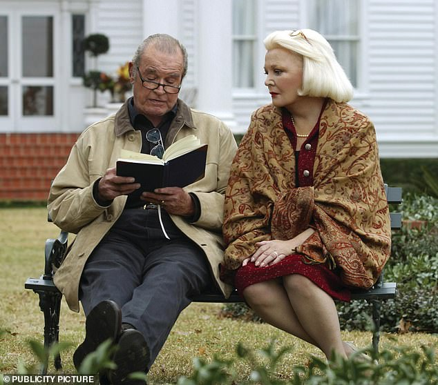 Recast: James Garner ended up playing the older character in place of Newman, with Gena Rowlands playing an older version of McAdams' character. still from the notebook