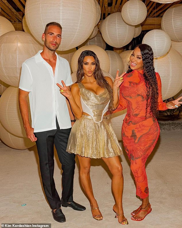 Strike a pose!  La La Anthony co-starred with the birthday girl