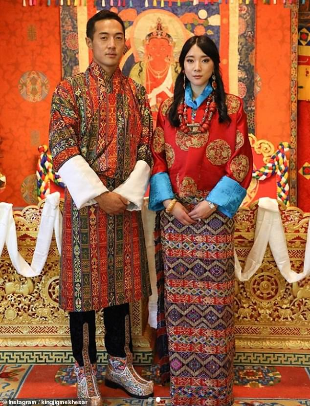 The couple looked moved as they took pictures in their traditional attire. The snaps were shared on the royal court's official Instagram account