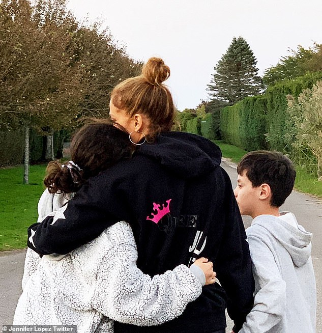 Mom duty:Jennifer shares 12-year-old fraternal twins Max and Emme with ex Marc Anthony, 52