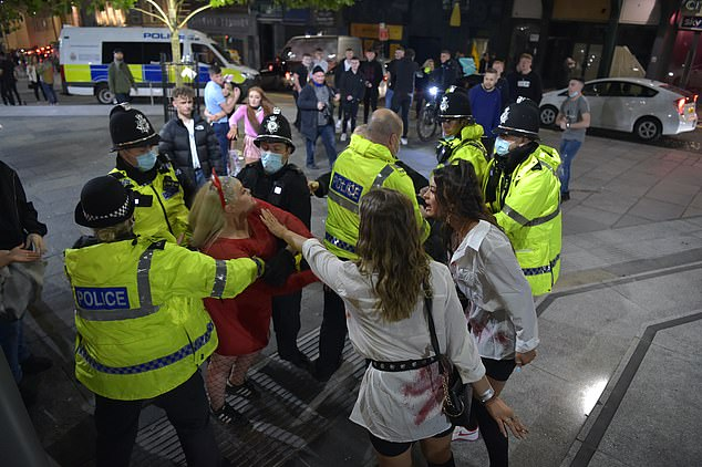 Confusion around new measures makes effectively policing them more challenging, Apter said in a statement on Saturday. Pictured: Police break up an altercation in Newcastle on Saturday night