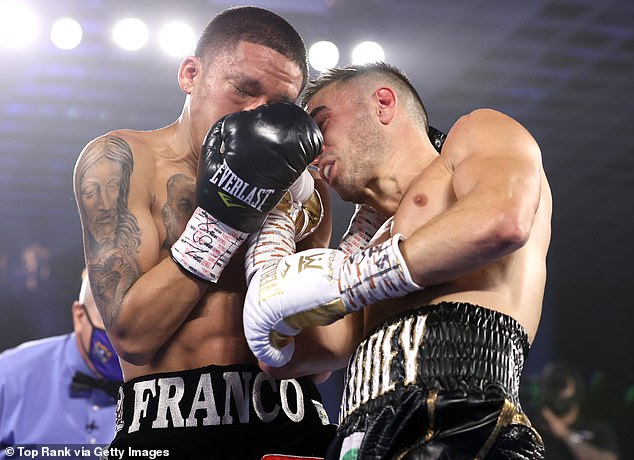 Moloney connects a right hand to Franco's jaw during their fight for the WBA super flyweight title in Las Vegas