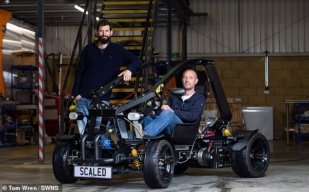 David Speight and Bob Bradley built the 23 stone buggy with a top speed of 45mph over lockdown and say it is highly customisable for different scenarios