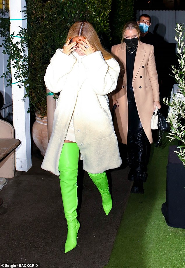 Her low-key look comes just one day after she enjoyed a dinner out with friends at celeb hot spot Giorgio Baldi in Santa Monica.