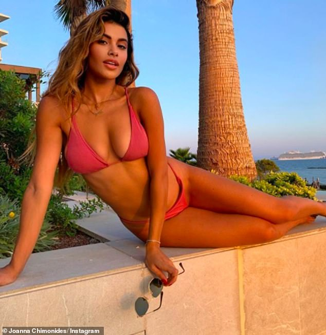 Wow! On Friday, Joanna turned up the heat in a tiny pink bikini as she celebrated her 24th birthday on Friday