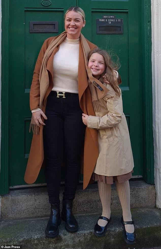 The heartbreaking letter was shared on social media by Kourtney's mother Samantha Dicken, 34, (left)
