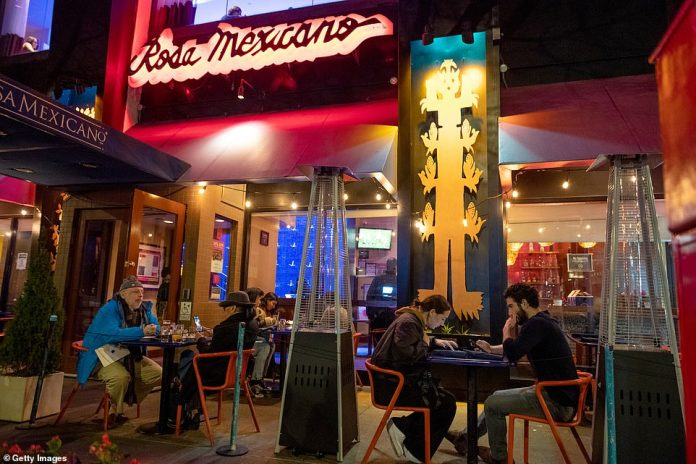 New York, New York: Customers eat out on Thanksgiving day at Rosa Mexicano in Manhattan