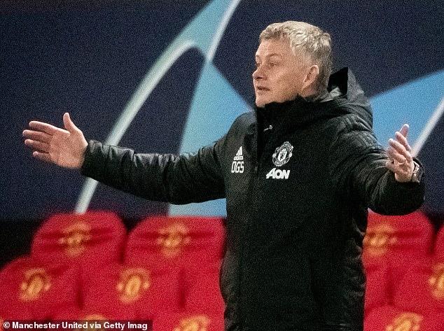 Some United fans have resumed an exchange between Fernandes and Ole Gunnar Solskjaer