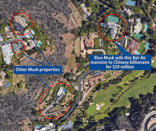 This image shows the four homes Musk recently listed on Zillow for a total of $ 62.5 million.  The houses (circled above) are within walking distance of each other