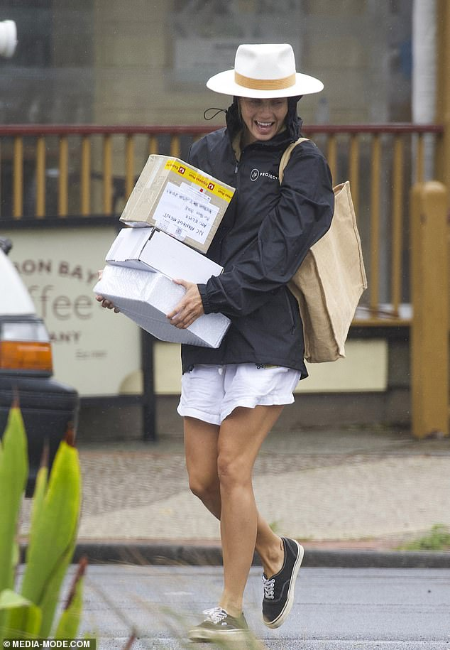 Heavy load! Elyse Knowles (pictured) has made her way up in the influncer ranks - and she has the bounty of packages to prove it