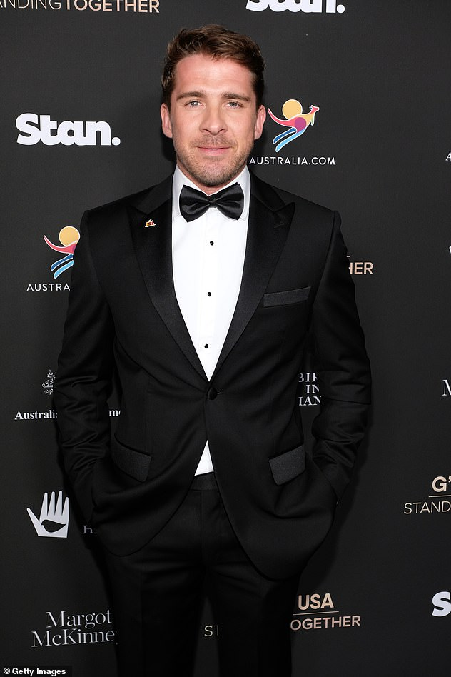 Hugh Sheridan reveals what really happened during anxiety attack that saw him rushed to hospital