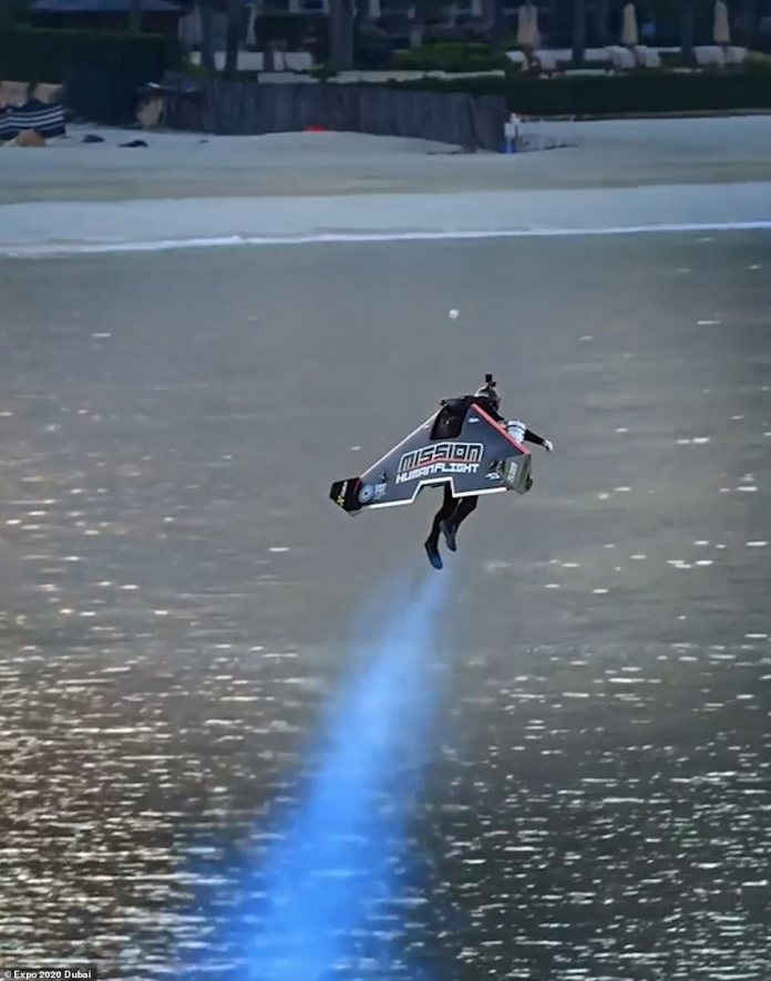 In February, the company Jetmen In Dubai carried out a test flight where a man flew with a jet pack 5905 feet in the air.