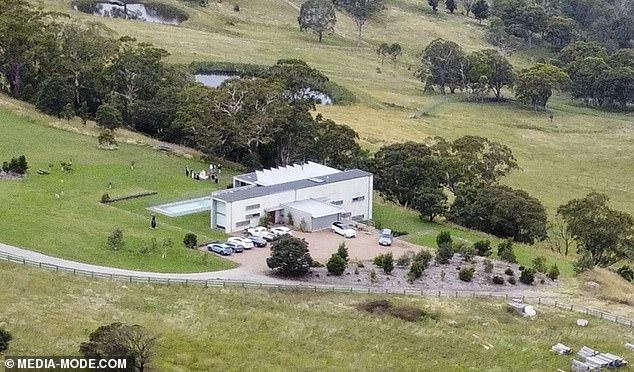 Samantha Armytage married millionaire businessman Richard Lavender at his Southern Highlands estate on Thursday