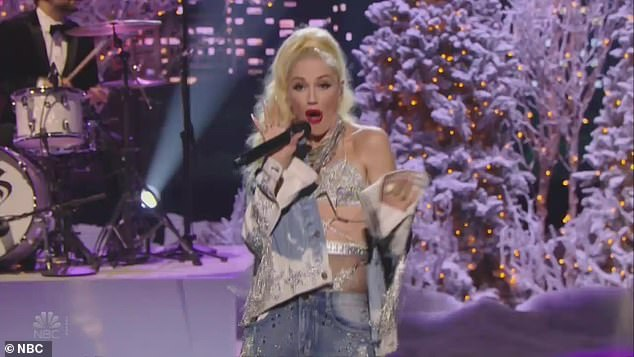 Gwen Stefani rocks a unique fringed look while performing Let Me Reintroduce Myself