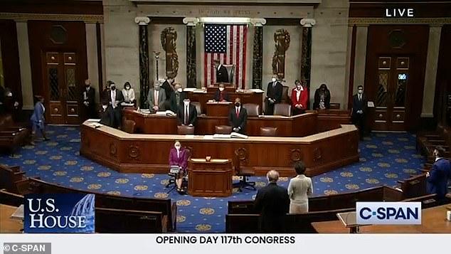 Tulsi Gabbard slams 'woke' use of congressional language by says amen and a women